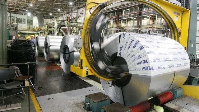 Endadens ina fabrica da l'industria da metal.