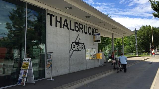 Bahnhof OeBB Thalbrücke in Balsthal