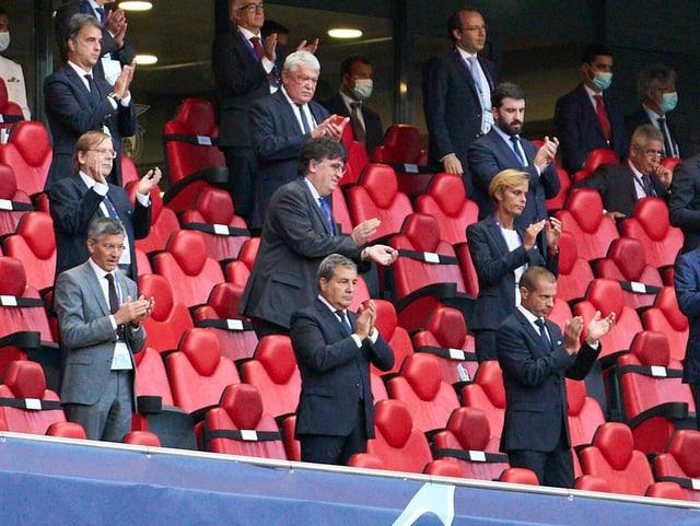 Uefa-Präsident Aleksander Ceferin (unten rechts).