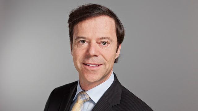 Porträt von Christoph Mörgeli.