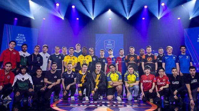 Die Teams, die 2018 an den E-Klub-Weltmeisterschaften teilgenommen hatten