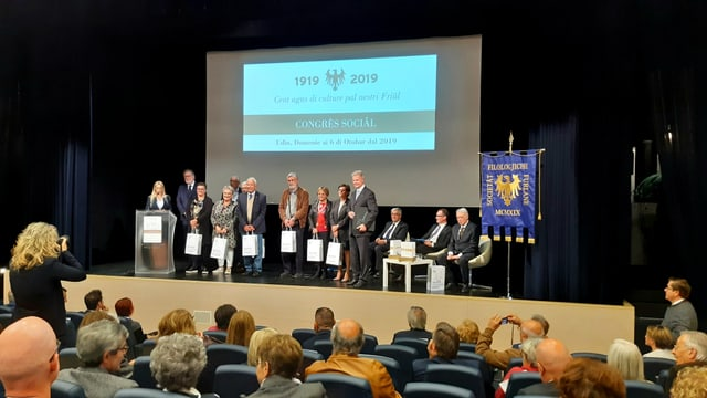 Il mund dals funcziunaris ed onorevoles: Il congres da la Societât Filologjiche Furlane ad Udine.