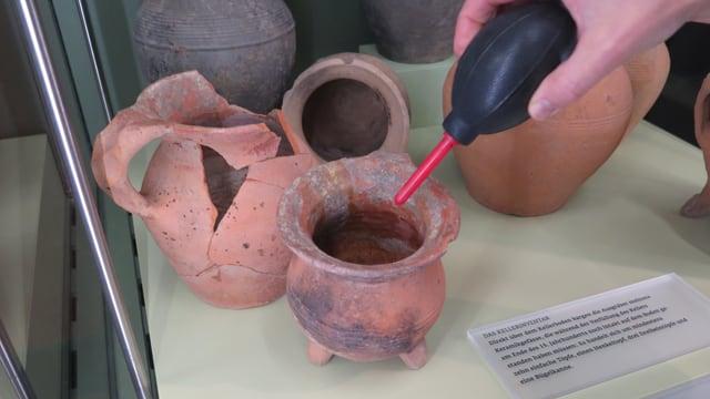 Alte Vasen