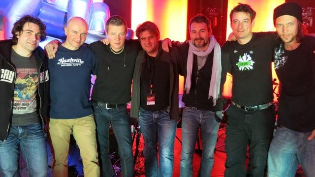Die Profis der Voice-Band: Oliver Keller, Peter Wagner, Pim Nieuwland, Simon Kistler, Pele Loriano, Emmi Lichtenhahn, David Stauffacher.