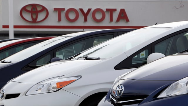 autos da la marca Toyota