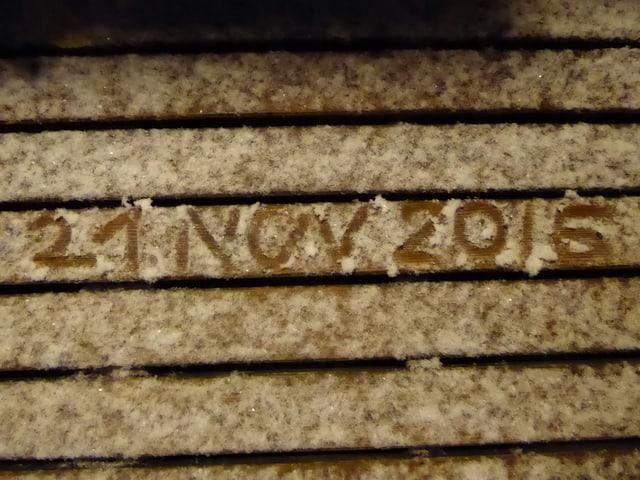 Das Datum im Schnee.