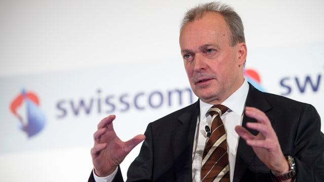 CEO der Swisscom an einer Medienkonferenz.