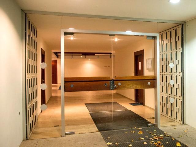 Der Ort der Aufmerksamkeit: Eingang des Gebäudes, wo der Kunstschatz in Cornelius Gurlitts Wohnung jahrelang lagerte.