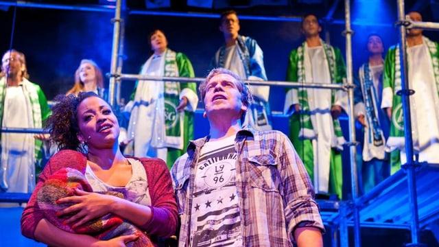 Fabienne Louves und Eric Hättenschwiler im Stück «Ost Side Story»