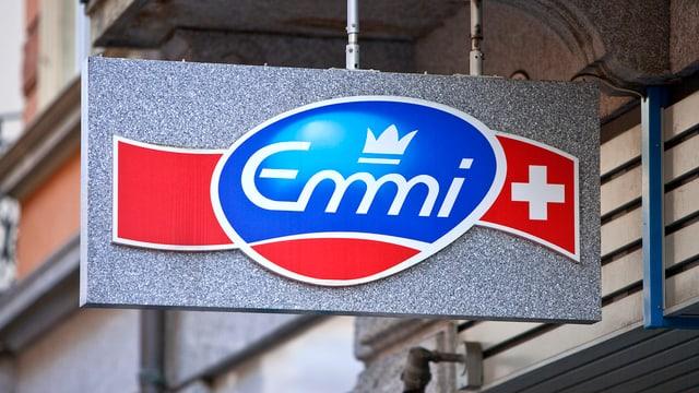 Il loga da Emmi vi dal sez principal a Lucerna.