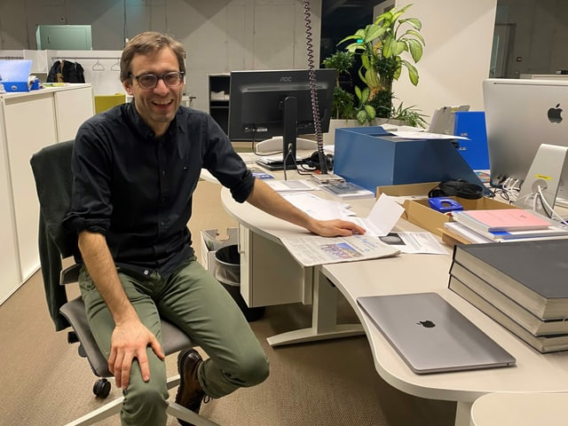 David Truttmann, il schefredactur da la Fundaziun da Medias Rumantschas FMR.