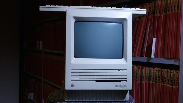 Der alte Macintosh SE - der Brotkasten.