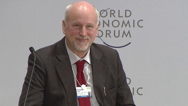 Portrait Wolfgang Lutz am WEF in Davos