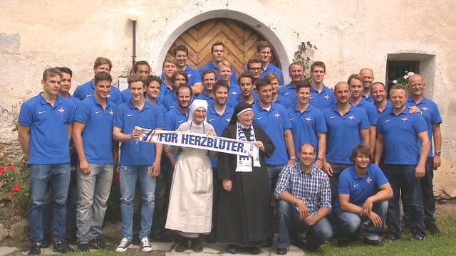 Video «Die Nonnen und die Flyers» abspielen