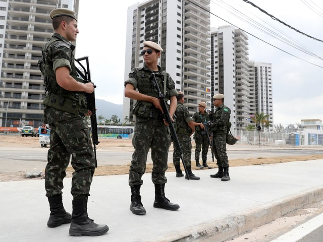 Das Militär in Rio.