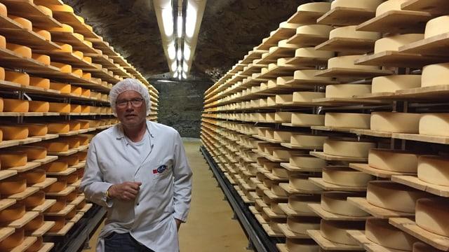 Höhle mit Käse