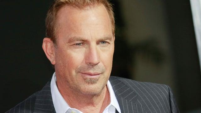 Portrait-Foto Schauspieler Kevin Costner.