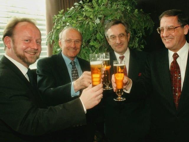 Dominique de Bumann 1997 als Stadtpräsident von Freiburg (vorne rechts).