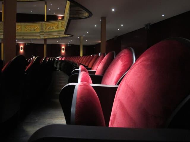rote Sitze