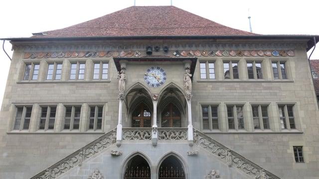 Das Berner Rathaus von aussen.
