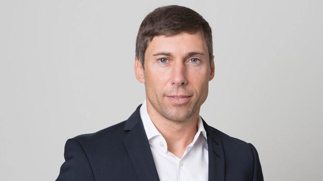 Porträt von Dirk Baier.