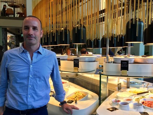 Daniel Frei, einer der Gründer von «tibits» im neu eröffneten Lokal in St. Gallen.