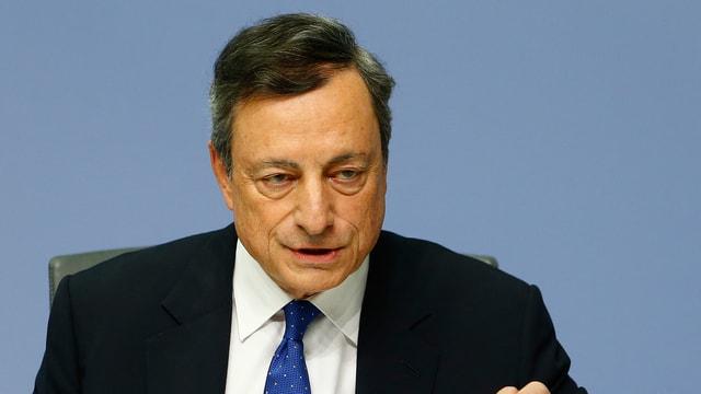 Mario Draghi da la Banca centrala europeica