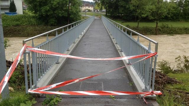 In Bischofszell wurde eine Brücke über die Thur gesperrt.