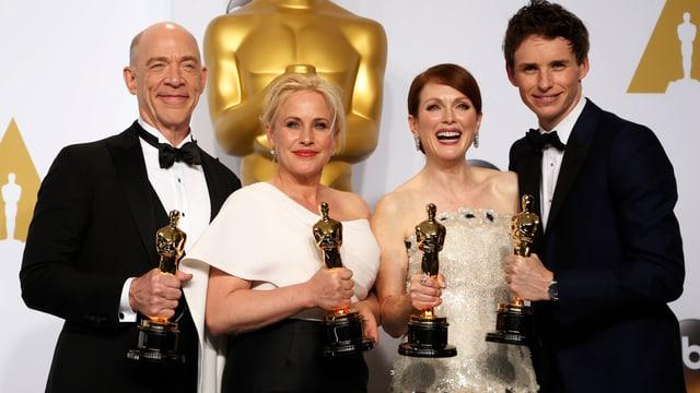 Ils acturs premiads da sanester: J.K. Simmons, Patricia Arquette, Julianne Moore ed Eddie Redmayne.
