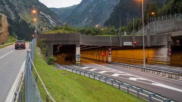 Gotthard-Strassentunnel Nordportal.