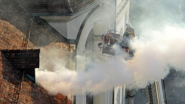 Feuerwehr übt einen Brandausbruch im St. Galler Dom.