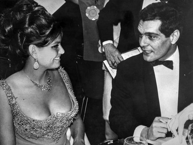 Claudia Cardinale und Omar Sharif