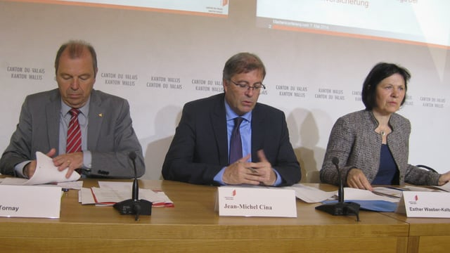 Walliser Staatsräte Maurice Tornay, Jean-Michel Cina und Esther Waeber-Kalbermatten.