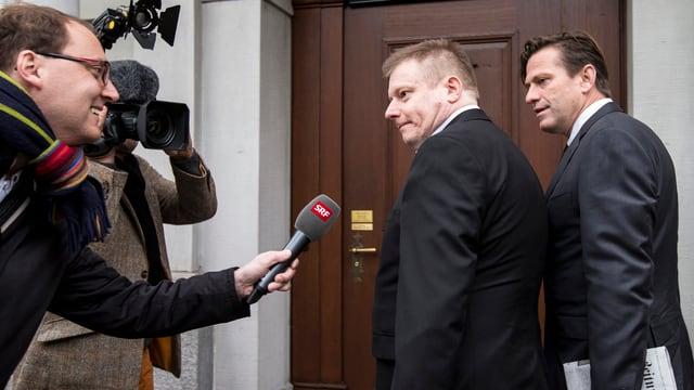 Ignaz Walker wird vom SRF interviewt