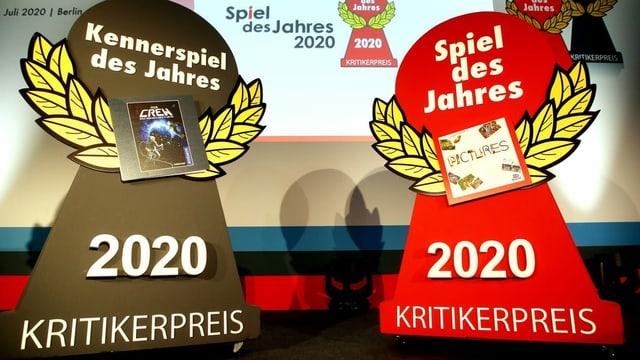 Das Kennerspiel des Jahres 2020 und das Spiel des Jahres 2020 bei der Preisverleihung.