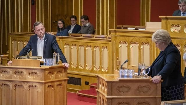 Befragung im norwegischen Parlament