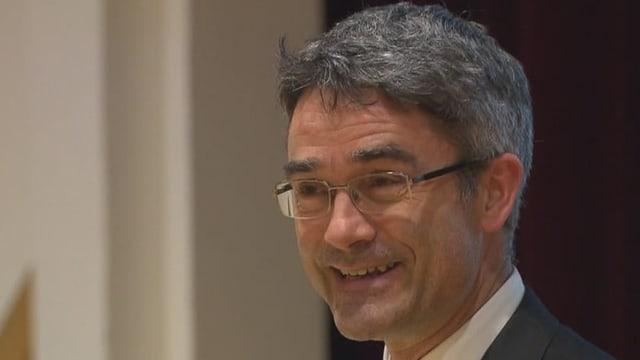 Mario Cavigelli: «Els porschan bleras plazzas da lavur»