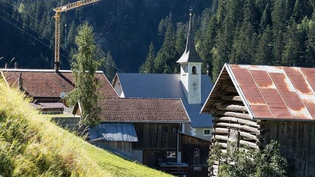 Dorfansicht St. Martin mit Kirche und einzelnen Häusern