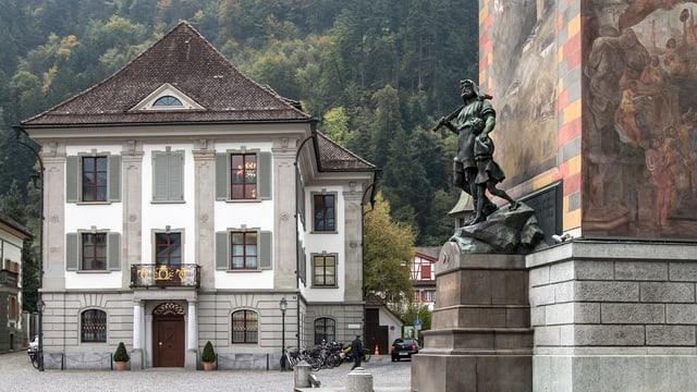 Rathaus und Telldenkmal in Altdorf