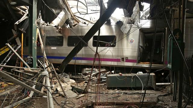 L'accident tren a Hoboken en il stadi da New Jersey.