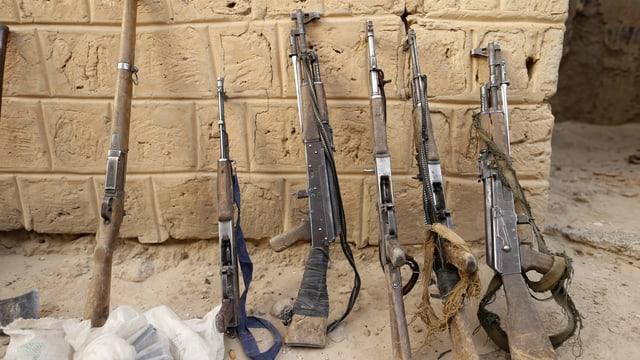 Eingesammelte Waffen von Dschihadisten in Timbuktu.