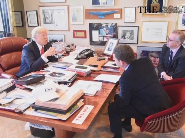 Donald Trump während des Interviews in seinem Büro mit Journalisten der «Bild»-Zeitung und der «Times».