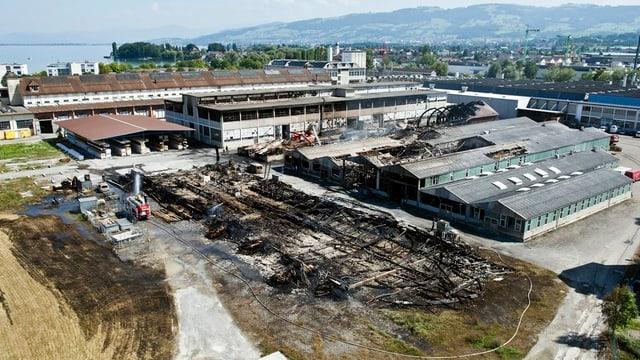 Das Saurer-Areal in Arbon mit verschiedenen zerstörten Hallen.