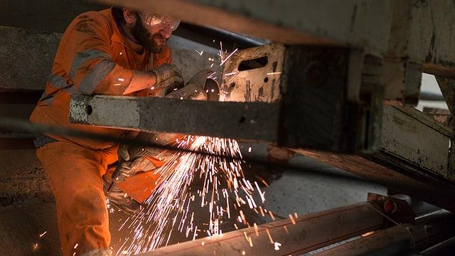 In lavurer en il tunnel da basa dal Ceneri tranter Bellinzona e Lugano (TI).