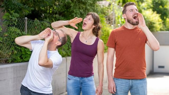 Markus Gasser (links), Nadia Zollinger und André Perler machen sich für Mundart stark.