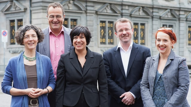 Die fünf StadtratskandidatInnen der SP: Regula Enderlin Cavigelli, Thomas Marthaler, Min Li Marti, Raphael Golta, Christine Seidler.