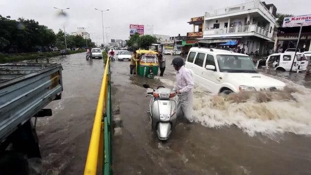 Video «Die grössten Naturkatastrophen: Überschwemmungen (5/6)» abspielen