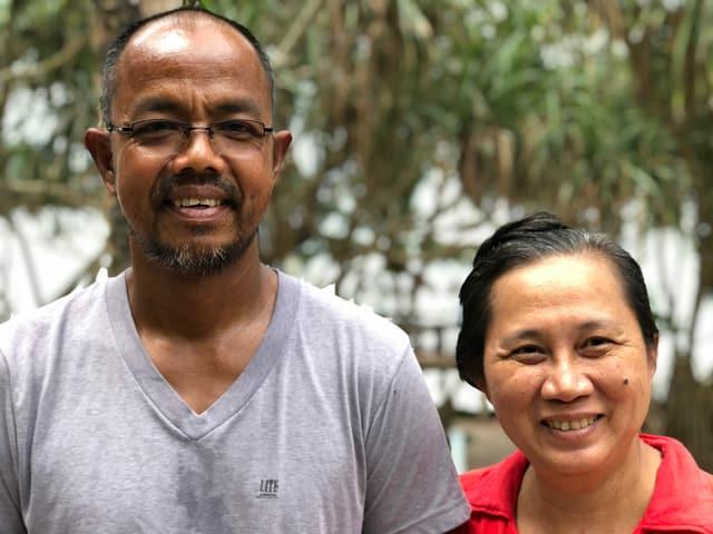 Adisak Kawpong mit seiner Frau