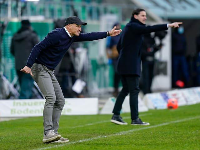 St. Gallen-Trainer Peter Zeidler und YB-Coach Gerardo Seoane.