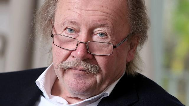 Ein Porträt von Peter Sloterdijk.